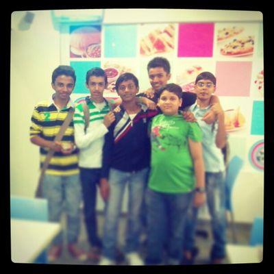 @Havmor........with frnds.....