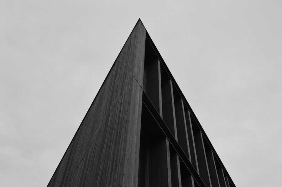 Taking Photos Urbanexploration Urban Geometry Urbanphotography Urban Architecture_bw Architecture_collection Architecturelovers Architecture Angles And Lines Angle Simplicity Graphic Ladyphotographerofthemonth Showcase March