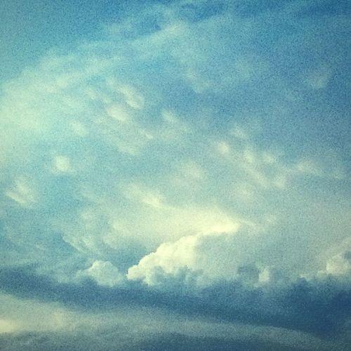 Coulds Sky Blue Rain Vintage