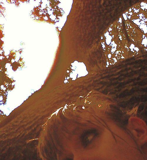 Hanging Out Taking Photos Ellis:D Climbing Trees Classy Mess