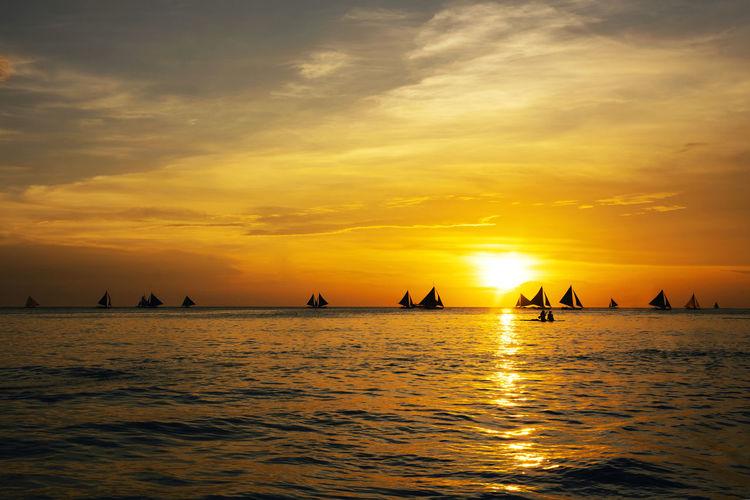 Sunset sail Sky