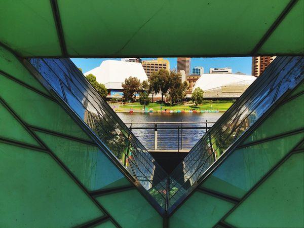 Scenic River Adelaide, South Australia River Torrens Footbridge