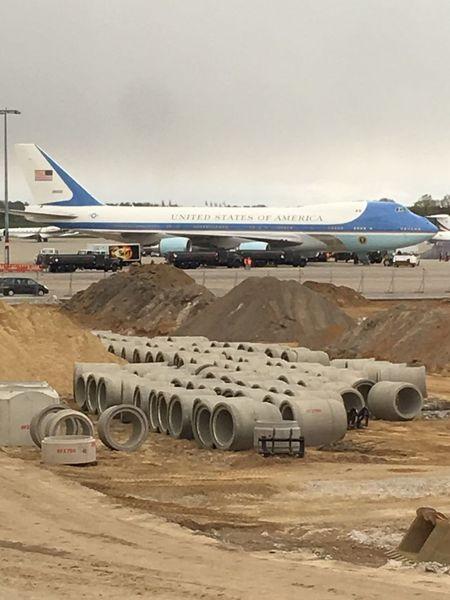 Uçaklar Flugzeug Aircrafts Aircraft Flughafen At The Airport Air Force One