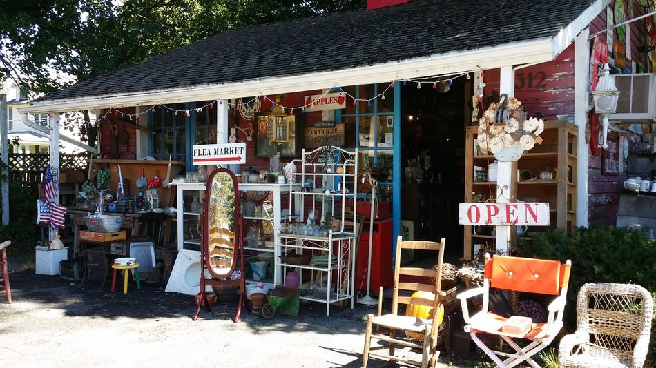 Outdoor shopping! Antique Shopping Picking Redhook Check This Out