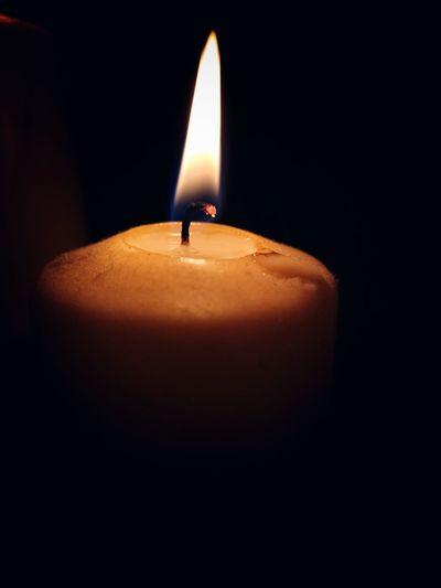 Flame EyeEm Best Shots Macro EyeEmNewHere EyeEm Gallery Macro Photography Close-up Huawei P20 EyeEm Selects Black Background Flame Heat - Temperature Illuminated Burning Diya - Oil Lamp Candle Close-up Wax Candlelight Fire - Natural Phenomenon