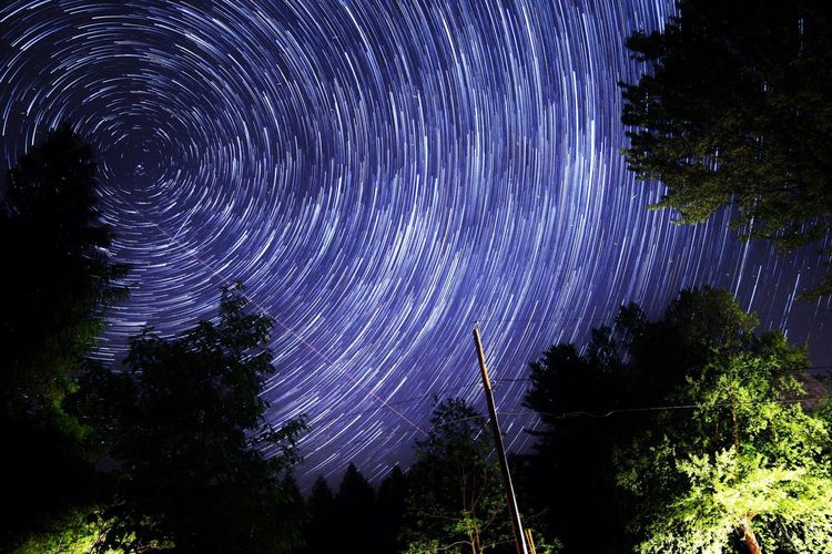 Stars Nightphotography Check This Out Hanging Out Enjoying Life Startrails Starstax Canonphotography Peace And Quiet Astrophotography IDidThat Leaveacomment Check This Out Exploring Darkness And Light Contrast Taking Photos Artofvisuals Rokinon LetsGetIt Colors Outside Art