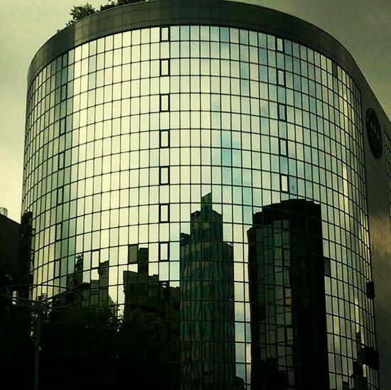 Reflection Architecture Windows Distortion