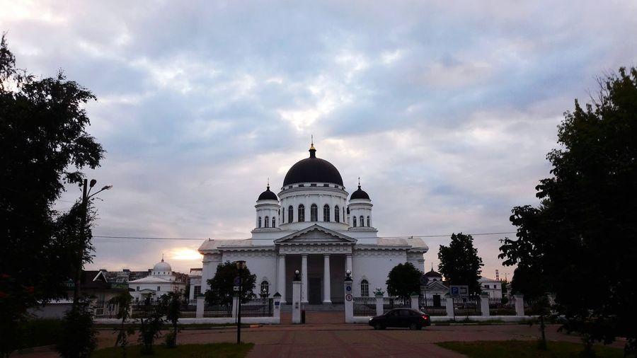 Take Me To Church Staro-Yarmarochniy Sobor Architecture Russian Nature Church 😚
