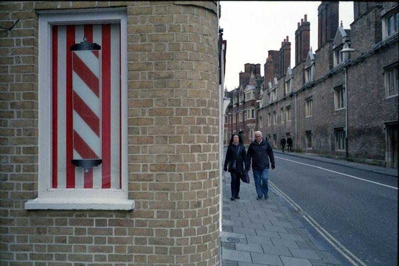 Cambridge, December 2017 EyeEmNewHere Cambridge 35mm 35mm Film Film Film Photography Streetphotography Street Photography Leica M6 Leica M6 Ttl Elmarit 28mm Asph ELMARIT-M 28mm F2.8 Tetenal Tetenal Colortec C41 Kit Epson V550 Gimp Gimp Auto Wb Gimp Scale Image