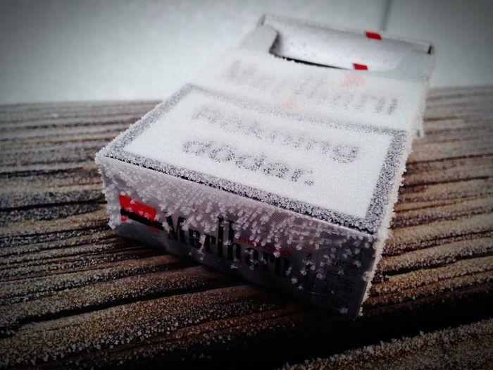 Frosty Mornings Frost Marlboro Cigarettes Frozen