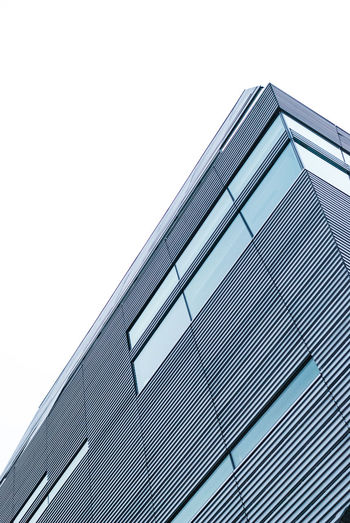 Architecture Built Structure Modern Building Exterior Sky Business Façade City Low Angle View No People Outdoors Skyscraper Day EyeEmNewHere Portland Front View Car Point Of View The Architect - 2017 EyeEm Awards