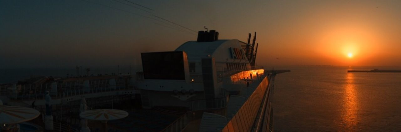Meer Mittelmerr Sonnenuntergang AIDA Stella Aida Kreuzfahrt Building Exterior Scenics - Nature No People Beauty In Nature Reflection Orange Color Transportation Nautical Vessel Sun Mode Of Transportation Building Outdoors