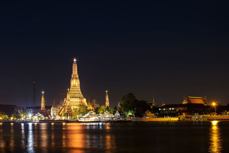Arun Temple Architecture Arun Temple Bangkok Thailand. Chaopraya River At Night City Cultures Gold Illuminated Image Landscape Light Night Outdoors Photography Reflection River Travel Urban Landscape
