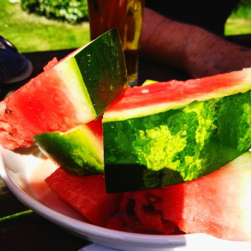 Free watermelone at the pub 😊😍🍉🍉🍉🍉🍉🍉 Pub Beer Drinks PubGarden Garden Red Green Vibrant Cooling  Relief Food Tasty Edible  Free Freefood Relax Healthy Mojito Mint Leaf - Culinary Fruit SLICE Drinking Glass Multi Colored Red Watermelon Drink Cold Temperature Fruit Salad Melon Cantaloupe