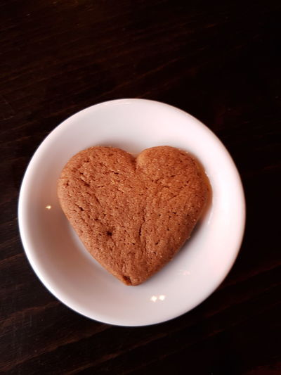 have a heeft.. Heart Shape Love Sweet Food Food Plate Shape Food And Drink Cookie