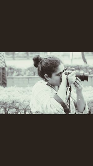 Capturing dreams is her reality.☆ Canon60d Canon Camera Photographylovers Photos Around You Beautiful ♥ Canonphotography Girls 60D Canon Emem Lover Photography Photo Of The Hour Photoshoot India Indian Photography Is My Escape From Reality!