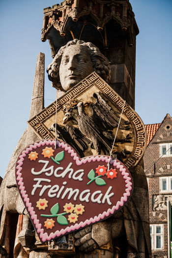 "Annual Folk Festival in Northern Germany called ""Freimaak"". Bremen Bremer Roland Celebration Freimaak Low German Oktoberfest Plattdeutsch Bremen City Celebrating Colorful Dialect Festival Folk Festival Gingerbread Market Stall Momument Northern Germany"