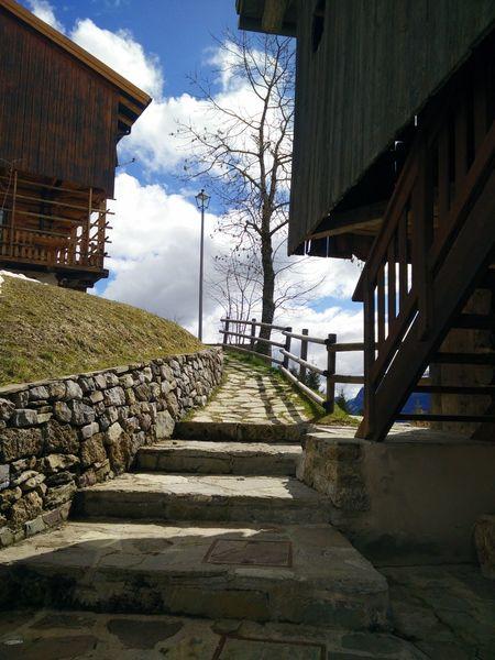Mountain houses Mountain View