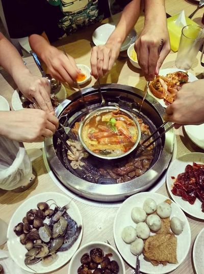 ShareTheMeal Steamboat BBQ Tim