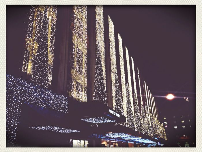 Cristmas's everywhere in London!???