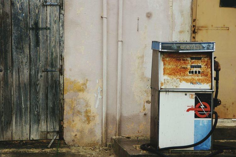 Malta Filling Ststion Petrol Pump Zapfsäule Tankstelle Street Photography