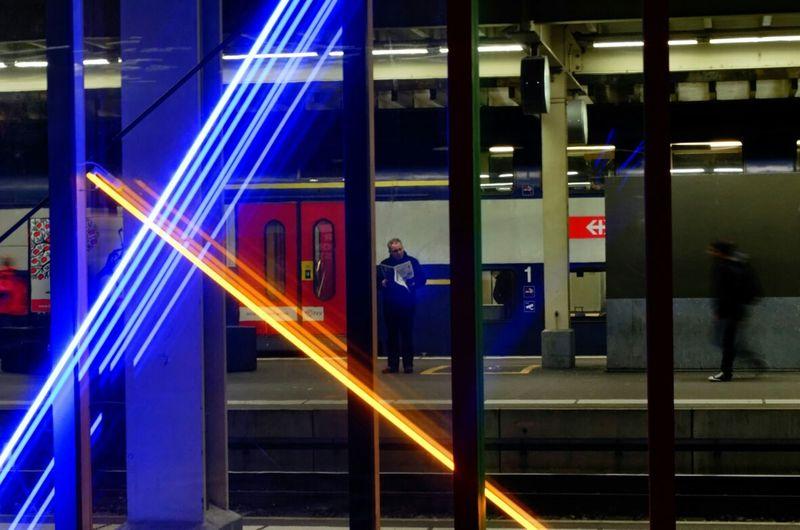 Bahnhofsmisere - Train Station Misery Zureich