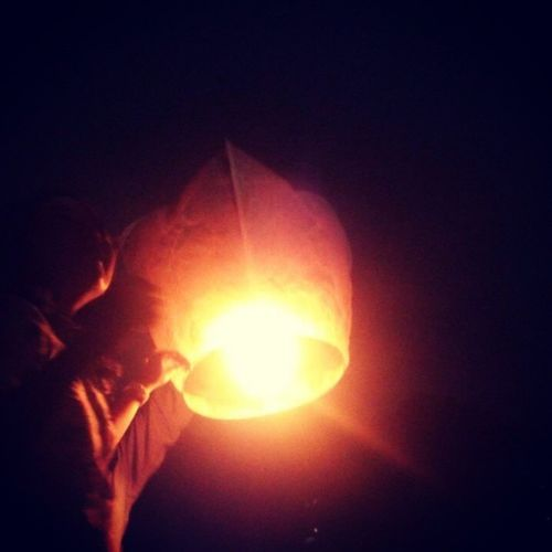 Sisa sisa Earth Hour semalam EaethHour GakbisaTerbang TapiKeren