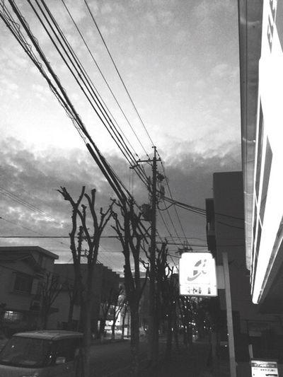連休最後は地元のセブンイレブンで締め(笑) Photo Night On The Road Clouds And Sky Japan Streetphoto_bw 日常生活 Iphone6