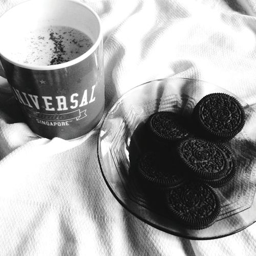 Sunday Morning Captured Photography Oreo Milk Food Blackandwhite EyeEmbestshots EyeEmBestEdits Eyeem Philippines Twist. Lick. & Dunk. 💕😀