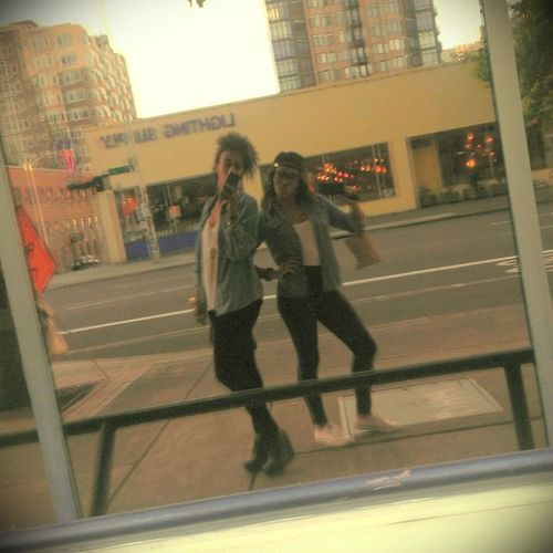 Me and this gorgeous soul yesterday. Seattlelivin CrippledandSwaggin Royalty Sushi Twinners ☀????@ladywoldu