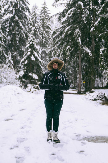 Walking in Snow Alps Forest Mountains Portrait Snowportrait The Alps Traveling Winter It's Cold Outside