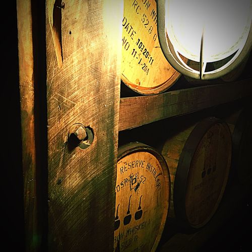 Kentucky  Bourbonwhiskey United States Woodfordreserve KentuckyDerby Lexington Drunk Barrels Wood Historical Building