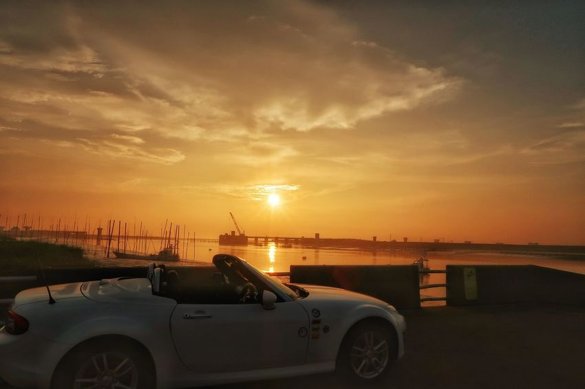 EyeEm Nature Lover 夜明け 日の出 海 空 太陽 有明海 干潟 マツダ ロードスター Sunrise Morning Morning Sun Sea Orange Color Beach Water Cloud - Sky Architecture Built Structure Mazda MX-5 Mx5 Miata Sunset EyeEm