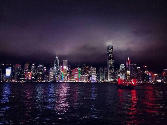 晚安 鳳崗-深圳-香港 ,一日遊 明天繼續上班😂 維多利亞港 九龍 香港 太平山 尖沙嘴 中環 Hk HongKong