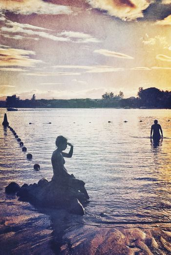 Yesterday I saw a mermaid... Sunset Silhouettes EyeEm Nature Lover NEM GoodKarma IPhoneography Beachphotography Sunset Mauritius The Traveler - 2015 EyeEm Awards Seascape