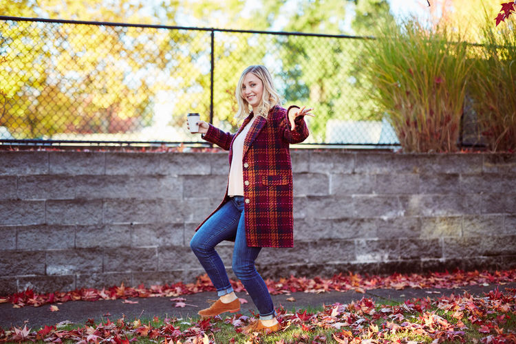 Adult Adults Only Autumn Beautiful Woman Beauty Blond Hair Casual Clothing Day Full Length Leaf Lifestyles Looking At Camera Nature One Person One Woman Only Only Women Outdoors People Portrait Scarf Smiling Standing Women Young Adult Young Women