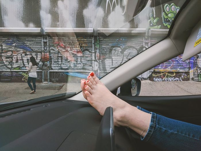 Feet Foot Nails Painted Nails Youth Culture Young Adult People City Urban New York NYC Day Car Car Interior Travel Destinations Travel Traveling Relax Water City Women Young Women Close-up Spray Paint Graffiti Vandalism Mural Hip Hop Street Art Sprinkler The Portraitist - 2018 EyeEm Awards The Street Photographer - 2018 EyeEm Awards The Creative - 2018 EyeEm Awards The Traveler - 2018 EyeEm Awards Summer Road Tripping #urbanana: The Urban Playground