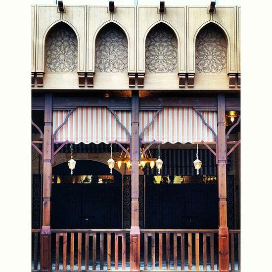 Hanged Lanterns . Islamic Architecture at khan_alkhalili red_sea_mall redseamall redsea mall. jeddah saudi_arabia saudiarabia. Taken by my sonyalpha dslr A57. خان_الخليلي ردسي مول جدة السعودية