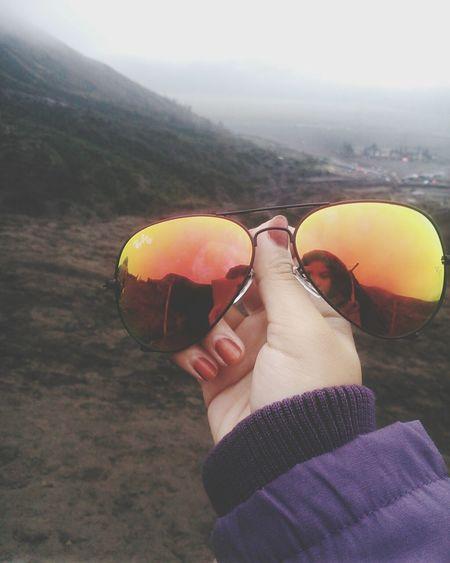 Akhirnya nyampe jam 9:37 pm di Kediri. Perjalanan yang melelahkan sekaligus menyenangkan. Sepanjang perjalanan disuguhi pemandangan alam yg superrrrr cantik ❤❤❤. Next day, langsung lanjut ke Blitar. Gnight ??? Trying Something New Enjoying Life Hello World First Eyeem Photo Bromo Mountain That's Me EyeEm Indonesia