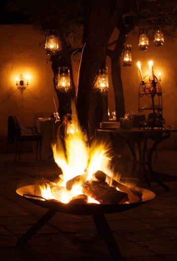Outdoors Outdoor Dinner Fireplace Oillamp Savannah Night 43 Golden Moments