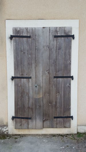 Old door. Building Exterior Protection Built Structure No People Outdoors Architecture Day Close-up Door Plitvice Plitvice National Park Plitvice Lakes National Park Lake Barn Croatia Beautiful Nature Winter Croatia