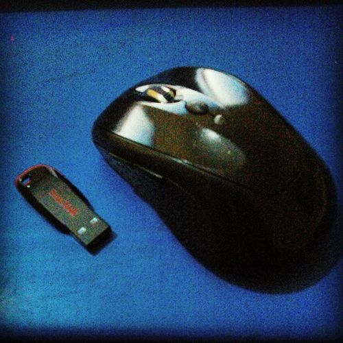 A Gift. A Bluetooth mouse (for my photoshop Works) & an 8gb Sandisk pending drive for my data. Really, really Appreciate it Mr. Jones. :-) LeavingNavrongo Memoriesmade Navrongo Gift Present