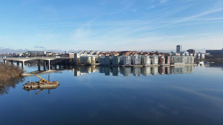 Sunshine No Wind Stockholm, Sweden Enjoying The Sun Enjoying The View Water Reflections Buildings City Bridge Essingeleden Samsung Galaxy S5