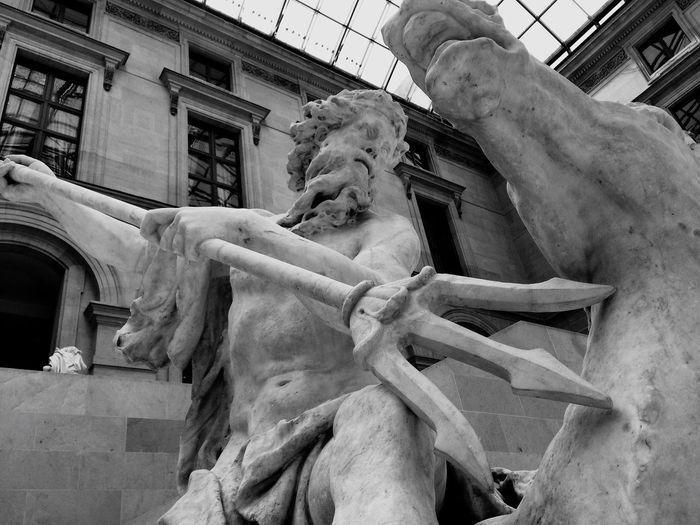 Yallzee Museum Museums Statue Sculpture Sculptures