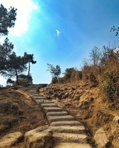 Every step leads you somewhere higher. Aunzzz LineOfTheYear Shillong Roadtrip IndiaTrail 😎