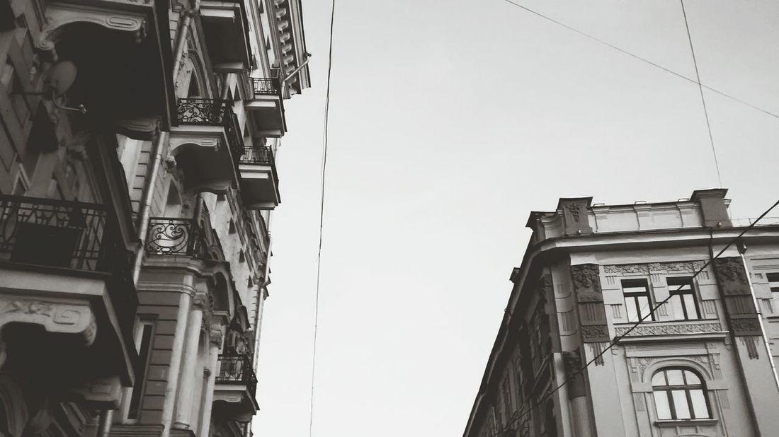 Urbanphotography Urban 4 Filter Urban Geometry Urban Landscape Monochrome Black & White Blackandwhite Black And White EyeEm EyeEm Best Edits