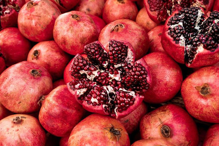Full frame shot of apples for sale at market stall