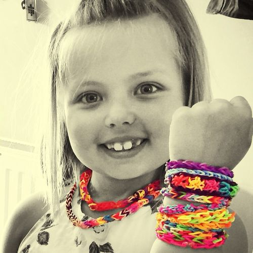 Loom Bands loom banding Hanging Out Summer