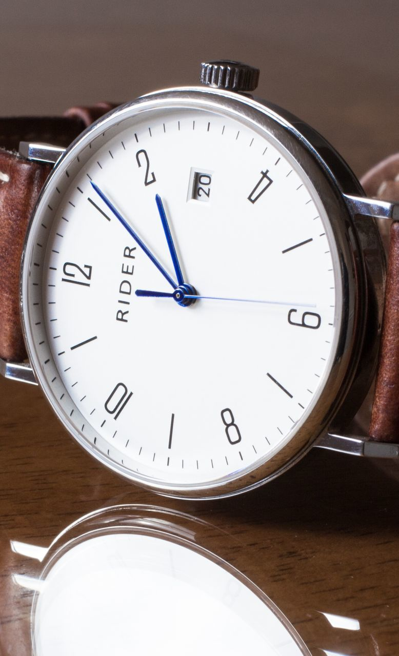 time, number, instrument of measurement, accuracy, indoors, close-up, table, clock, no people, minute hand, stopwatch, day, clock face