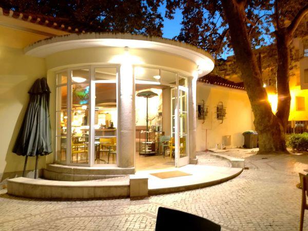 Luxury Architecture Elégance Illuminated Tranquility Bar Nightshot P10lite The Architect - 2017 EyeEm Awards